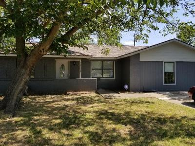 Irving Single Family Home Active Contingent: 3718 Chinook Court