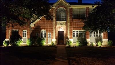 Lancaster Single Family Home For Sale: 527 Pecan Leaf Drive