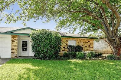 Mesquite Single Family Home For Sale: 906 Cherrywood Trail