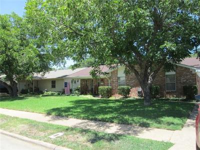 Irving Single Family Home For Sale: 3213 Kathy Lane