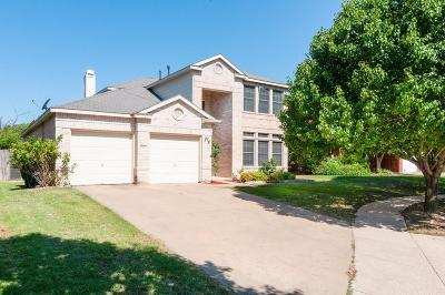 Fort Worth Single Family Home For Sale: 8463 Washita Court