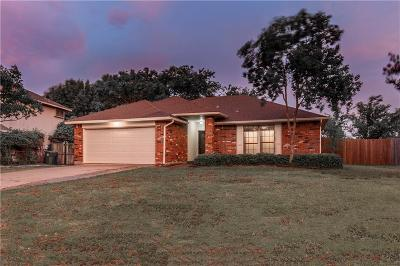 Flower Mound Single Family Home For Sale: 1405 Sedalia Drive