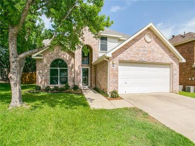 Grapevine Single Family Home For Sale: 1905 Cheshire Drive