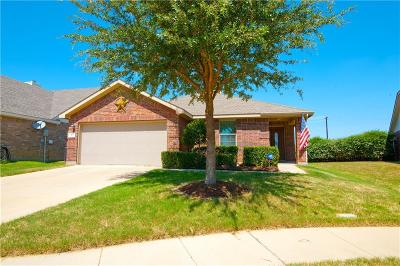 Cross Roads Single Family Home For Sale: 171 Wild Rose Court