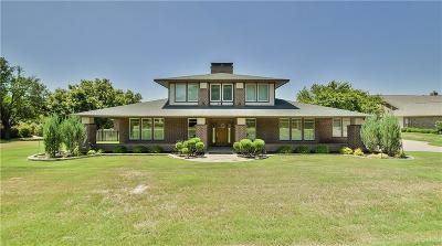 Granbury Single Family Home For Sale: 9208 Ravenswood Road