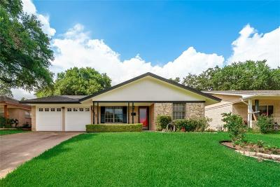 Irving Single Family Home For Sale: 1921 Woodoak Drive