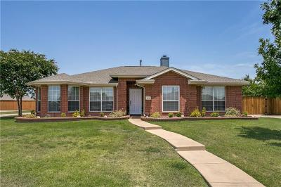 Murphy Single Family Home For Sale: 615 Comanche Trail