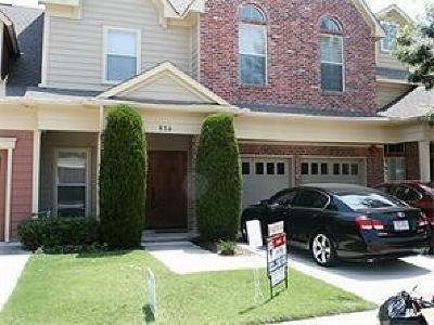 Coppell Townhouse For Sale: 534 Mobley Way Court