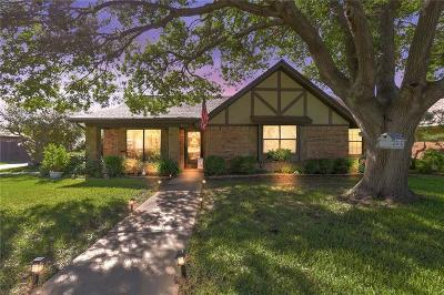 North Richland Hills Single Family Home For Sale: 4821 Lariat Trail