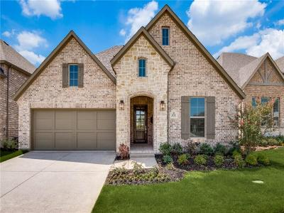 Carrollton Single Family Home For Sale: 1028 Dame Carol Way