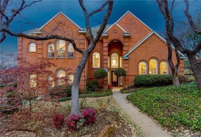 Arlington Single Family Home Active Kick Out: 6401 Tiffany Oaks Lane