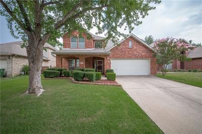 Grapevine Single Family Home For Sale: 2711 Chatsworth Drive