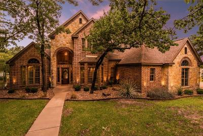 Granbury Single Family Home For Sale: 4014 Angelina Court N