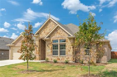 Burleson Single Family Home For Sale: 1522 Grassy Meadows