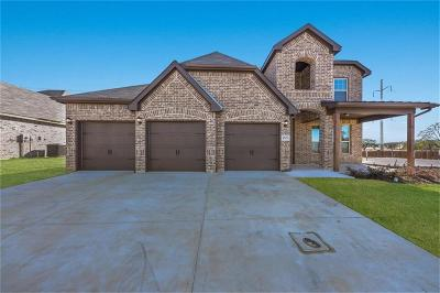 Burleson Single Family Home For Sale: 1545 Blue Lake