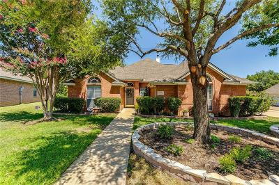 North Richland Hills Single Family Home For Sale: 6116 Iron Horse Drive