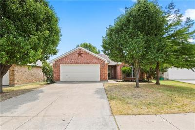 Saginaw Single Family Home For Sale: 620 Jan Court