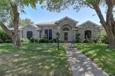 Grand Prairie Single Family Home Active Option Contract: 2922 Spartacus Drive