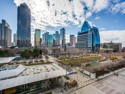 Dallas Condo For Sale: 2025 Woodall Rodgers Freeway #31