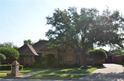 Hurst, Euless, Bedford Single Family Home For Sale: 2400 Brookgreen Court