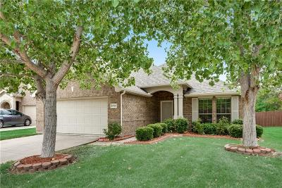 McKinney Single Family Home For Sale: 5324 Bear Valley Drive
