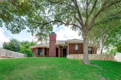 Benbrook Single Family Home For Sale: 1329 Colorado Drive