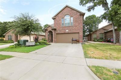 Azle Single Family Home For Sale: 1205 Briarwood Drive