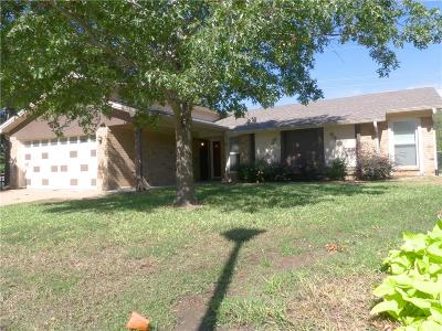 Bedford Residential Lease For Lease: 3324 Meadow Wood Lane