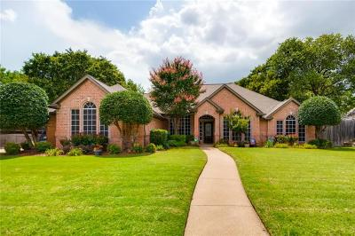 North Richland Hills Single Family Home For Sale: 8313 Thornhill Drive
