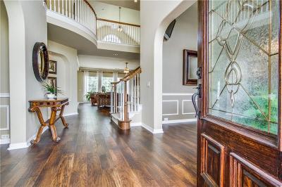 Keller Single Family Home For Sale: 821 Clearwater Lane