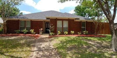 Single Family Home For Sale: 505 N Winding Oaks Drive