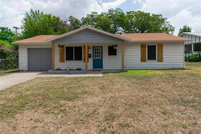 Euless Single Family Home For Sale: 614 N Aransas Drive N