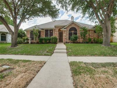 Garland Single Family Home For Sale: 230 Saddlebrook Drive
