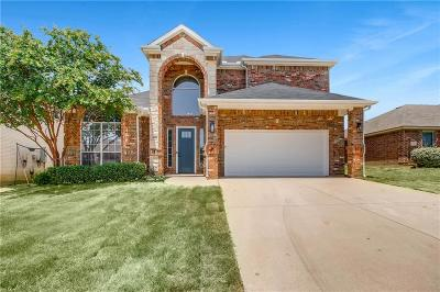 Burleson Single Family Home For Sale: 1117 Hackberry Court