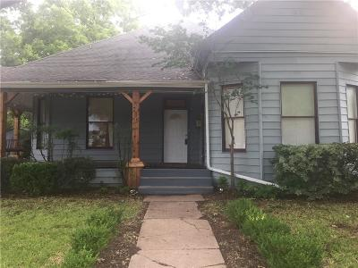 Cleburne Single Family Home For Sale: 735 N Robinson Street
