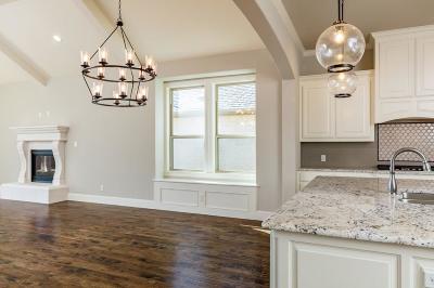 Keller Single Family Home For Sale: 304 Elkhorn Trail