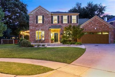 Grapevine Single Family Home For Sale: 701 Ruby Court