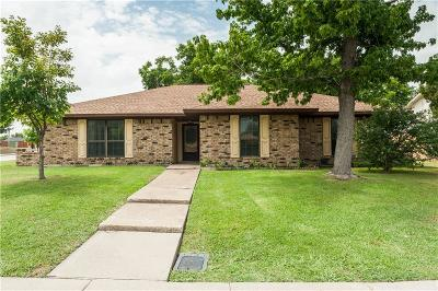 Lewisville Single Family Home For Sale: 1608 Reno Run