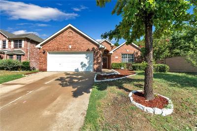 Grand Prairie Single Family Home For Sale: 5403 Lavaca