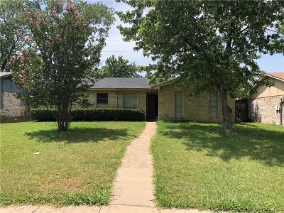 Garland Single Family Home For Sale: 809 Laguna Drive