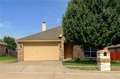 Benbrook Single Family Home For Sale: 7133 Stewart Lane