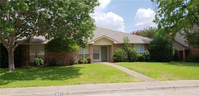 Desoto Multi Family Home Active Option Contract: 901 Ash Grove Lane