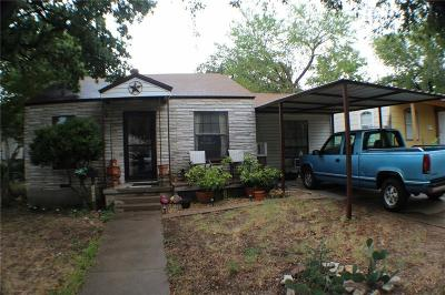 Haltom City Single Family Home For Sale: 3009 Oakwood Street