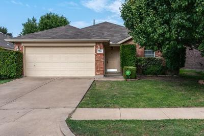 Fort Worth Single Family Home For Sale: 11921 Gold Creek Drive E