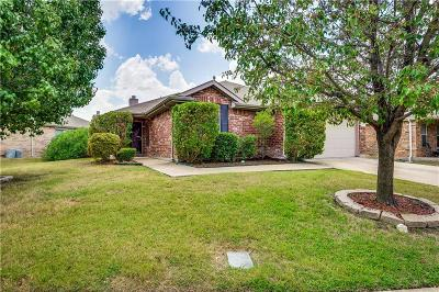Forney Single Family Home For Sale: 523 Colt Drive