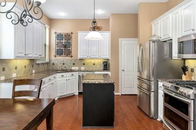 Lantana Single Family Home For Sale: 1420 Meadows Avenue