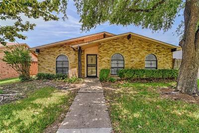 Dallas Single Family Home For Sale: 8531 Van Pelt