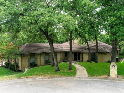 Azle Single Family Home For Sale: 207 Twin Oaks Court