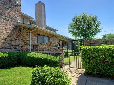 Benbrook Townhouse For Sale: 937 Forest Creek Street