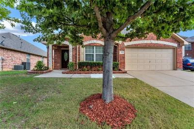 Grand Prairie Single Family Home For Sale: 5431 Lavaca Road